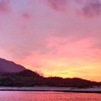 宝島港のピンクに染まる夕映え