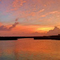 宝島の港の夕暮れ空